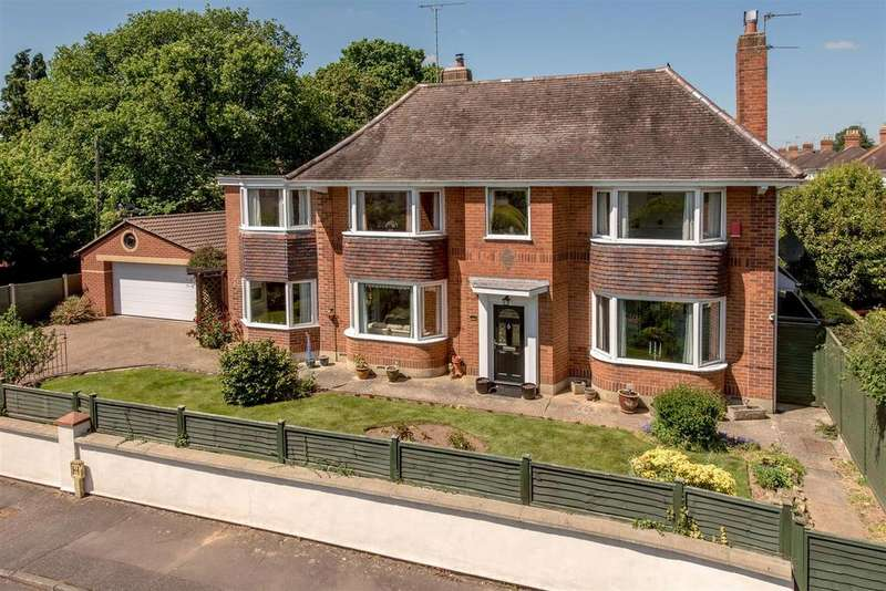 4 Bedrooms Detached House for sale in Turner Road