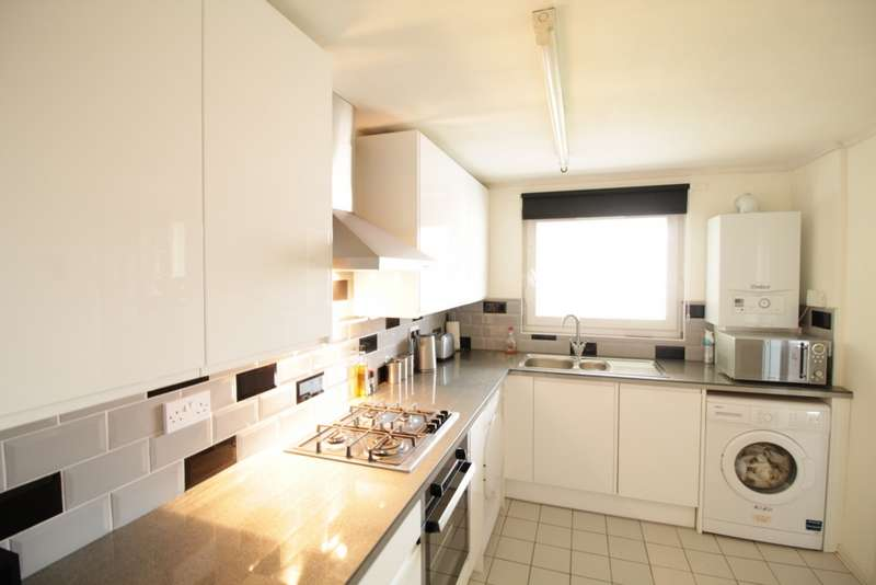 2 Bedrooms Property for sale in Edgar Road, Hounslow