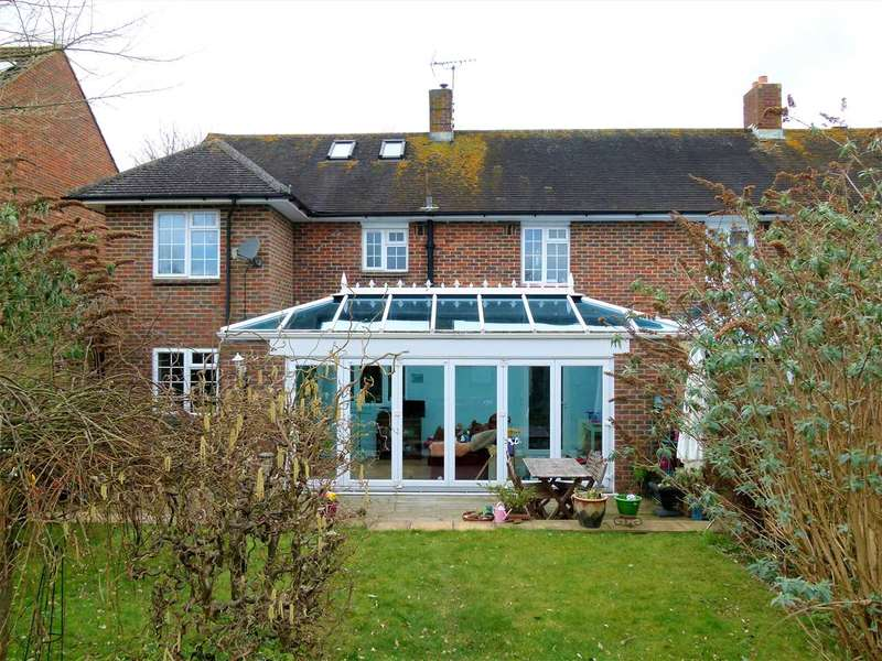 4 Bedrooms Semi Detached House for sale in Roberts Road, Barton Stacey, Winchester