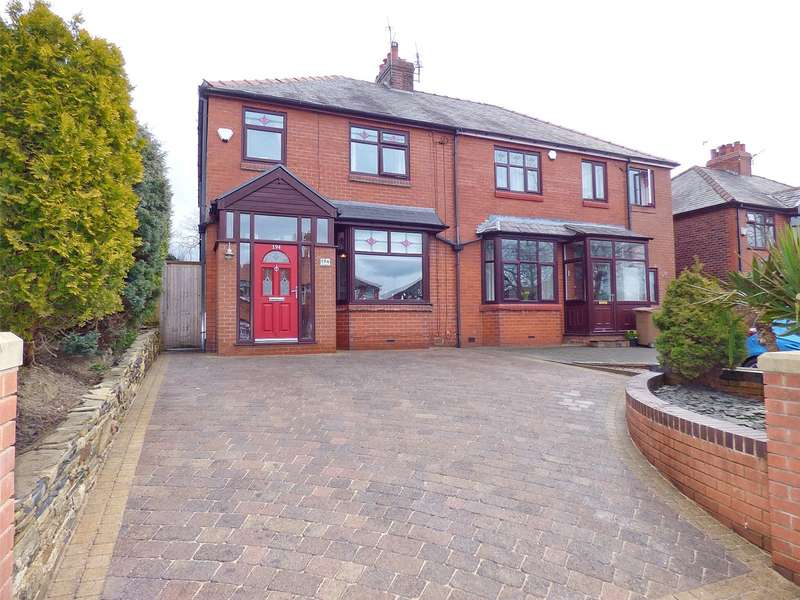 3 Bedrooms Semi Detached House for sale in Heywood Old Road, Bowlee, Middleton, Manchester, M24