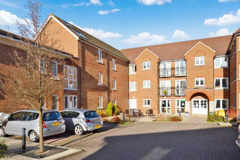 1 Bedroom Flat for sale in St. Agnes Road, East Grinstead, RH19