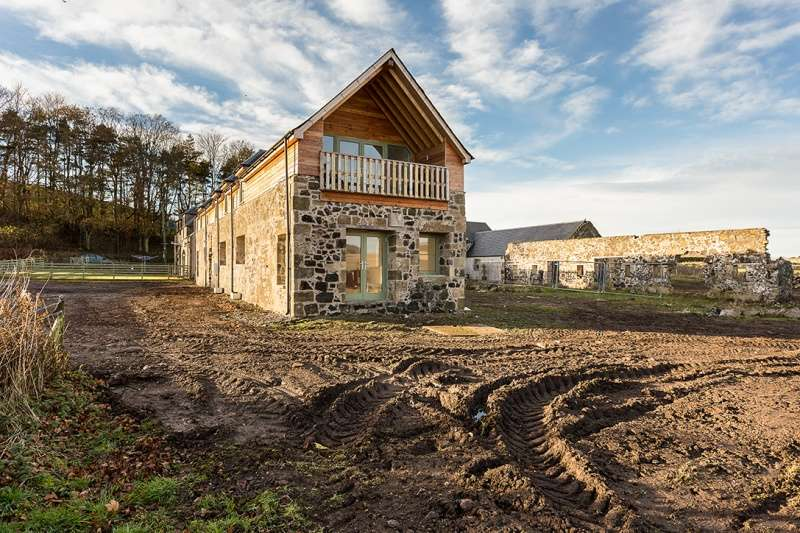 4 Bedrooms Detached House for sale in Blinkbonny Farm Steading, East of Lindores, Fife, KY14 6JE