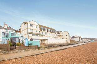 1 Bedroom Flat for sale in Homevale House, Sandgate High Street, Folkestone