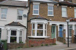 4 Bedrooms Terraced House for sale in Harvard Road, Hither Green, London