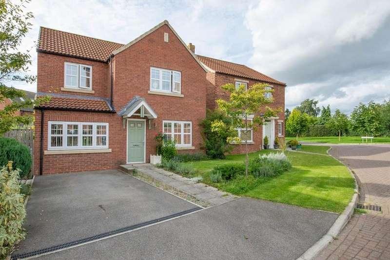 4 Bedrooms Detached House for sale in Lockwood Lane, Easingwold, York