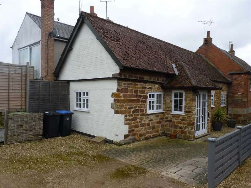 1 Bedroom Cottage House for sale in Oaks Yard, Hallaton