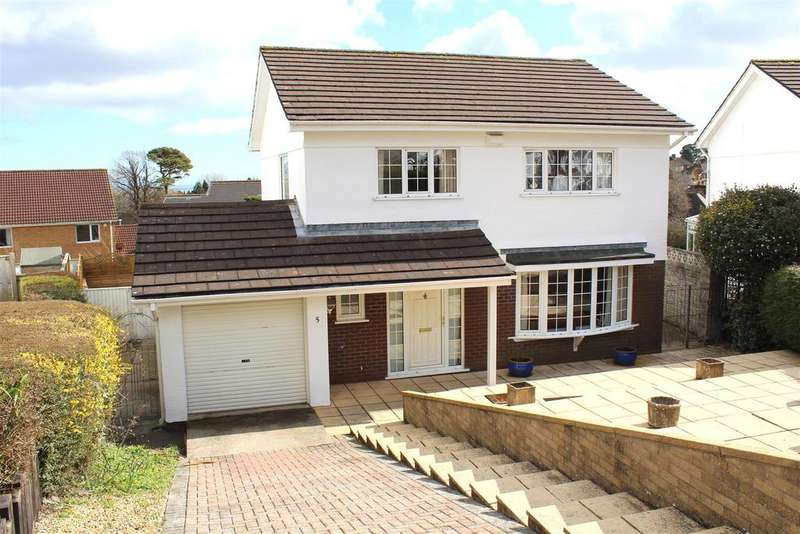 4 Bedrooms Detached House for sale in St. Andrews Close, Mayals