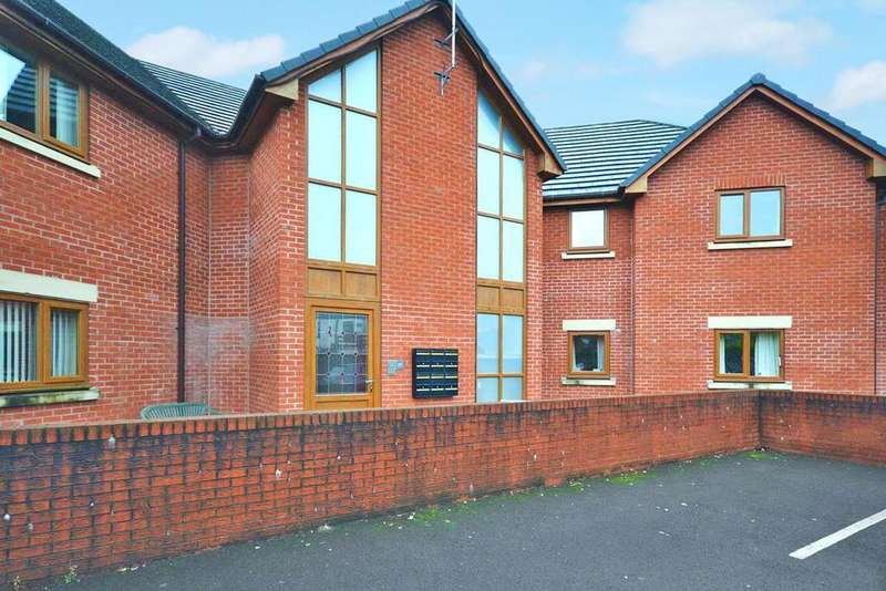 2 Bedrooms Apartment Flat for sale in Ashfield Road, Anderton, Chorley