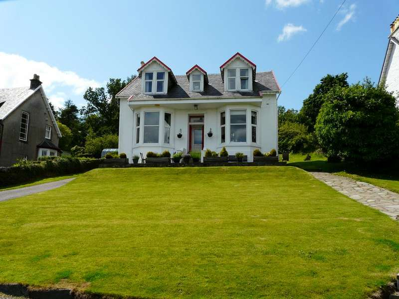 5 Bedrooms Detached House for sale in 17 Victoria Road, Dunoon, PA23 8JY