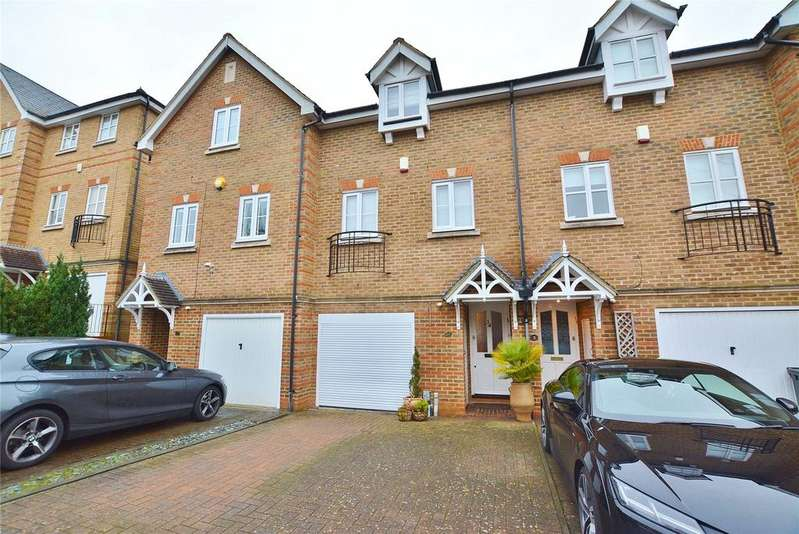 3 Bedrooms Terraced House for sale in Montague Hall Place, Bushey, Hertfordshire, WD23