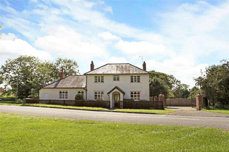 4 Bedrooms Detached House for sale in Pirton, Worcestershire