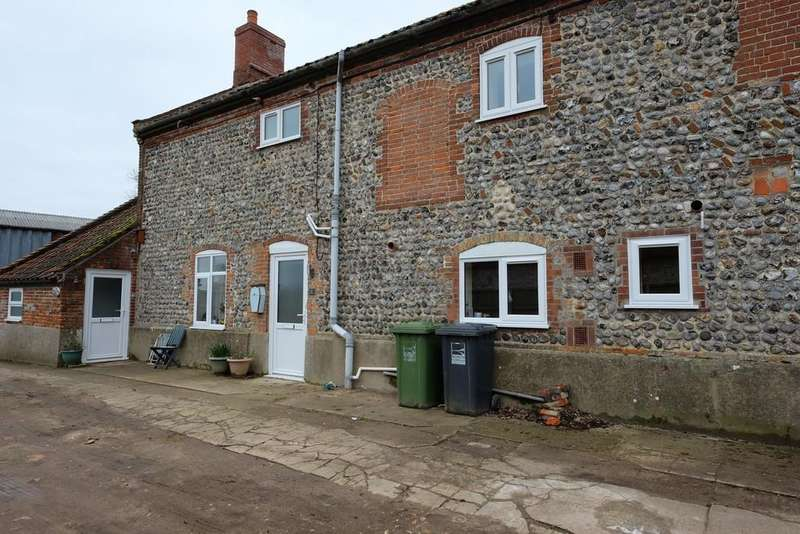 2 Bedrooms Terraced House for rent in North Walsham Road, Northrepps, Norfolk