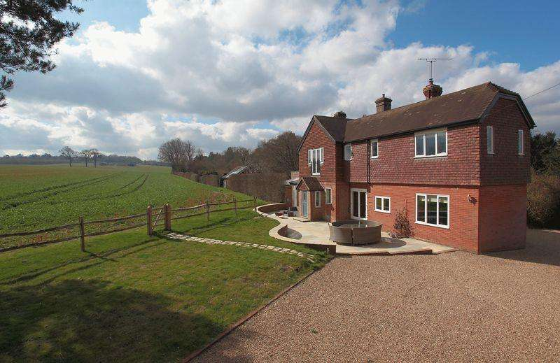 4 Bedrooms House for sale in Eridge Green, East Sussex