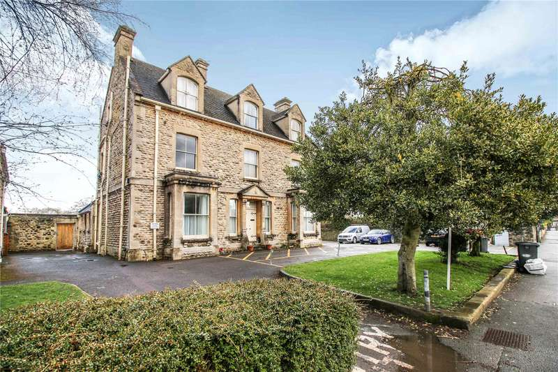 2 Bedrooms Flat for sale in Frazer House 97 Victoria Road Cirencester GL7