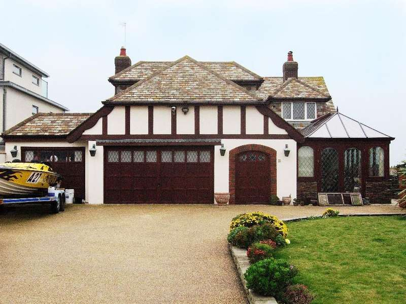4 Bedrooms Detached House for sale in Old Fort Road, Shoreham By Sea