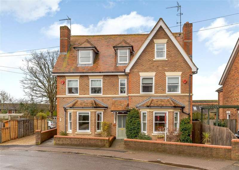 4 Bedrooms Semi Detached House for sale in Devonshire Road, Harpenden, Hertfordshire