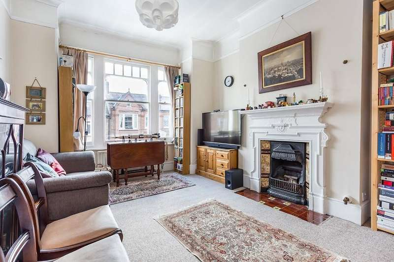 3 Bedrooms Maisonette Flat for sale in Dalkeith Road, West Dulwich