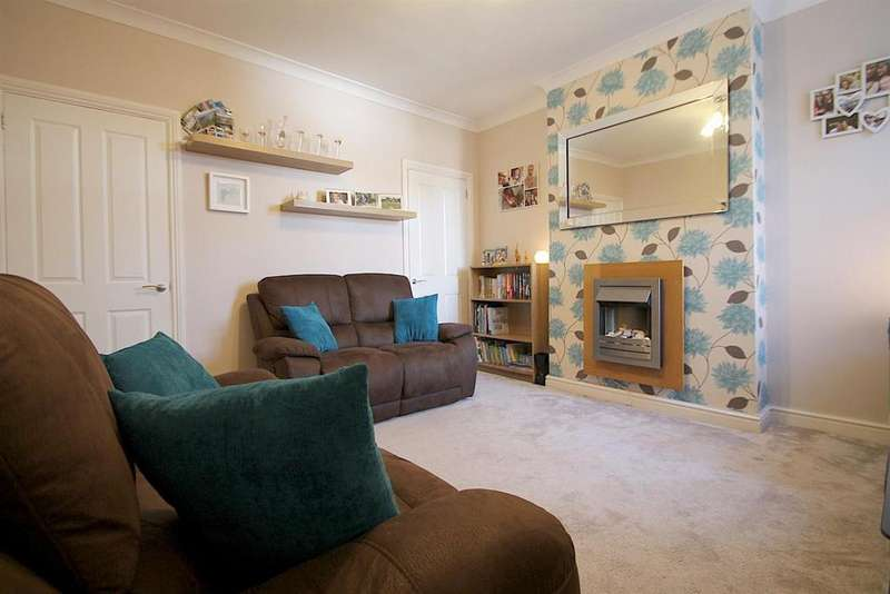 3 Bedrooms Terraced House for sale in Bank Street, Cannock