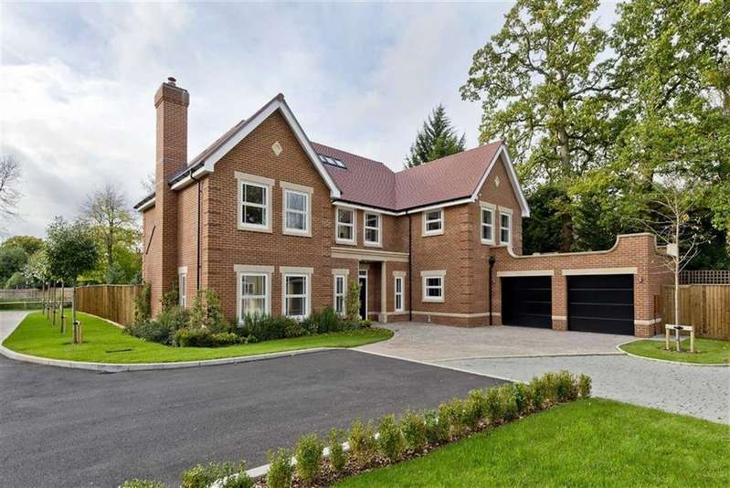 5 Bedrooms Detached House for sale in The Spinney, Gerrards Cross, Buckinghamshire, SL9