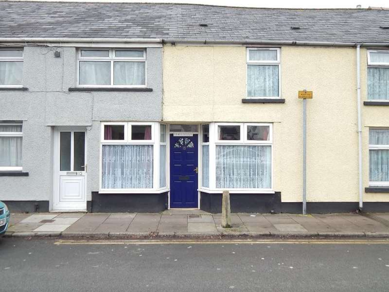 3 Bedrooms Terraced House for sale in King Street, Nantyglo. NP23 4JW