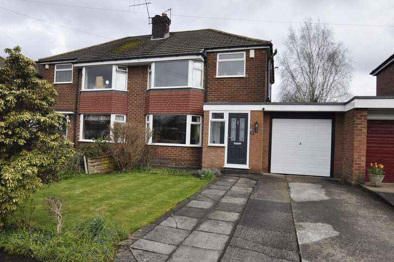 3 Bedrooms Semi Detached House for sale in Fulbrook Drive, Cheadle Hulme