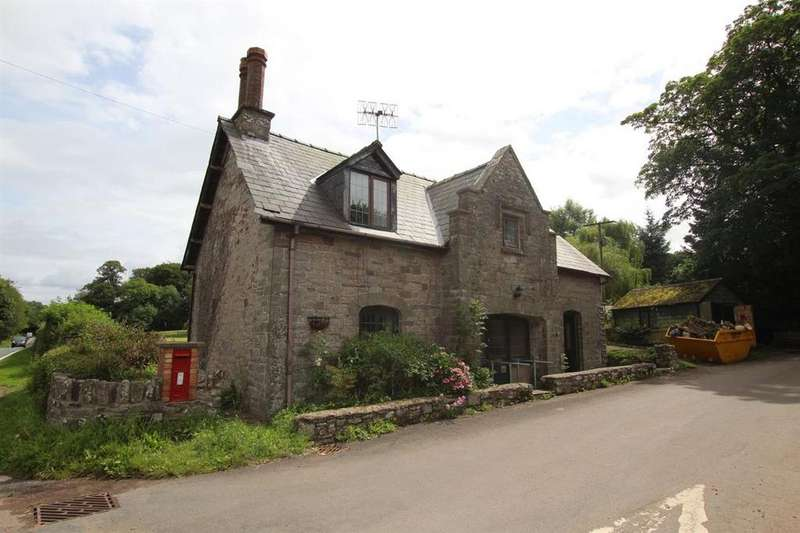 3 Bedrooms Detached House for sale in Penpont, Brecon