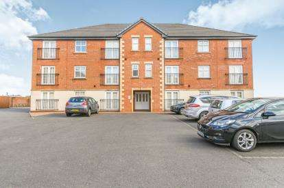 2 Bedrooms Flat for sale in Piele Road, Haydock, St. Helens, Merseyside, WA11