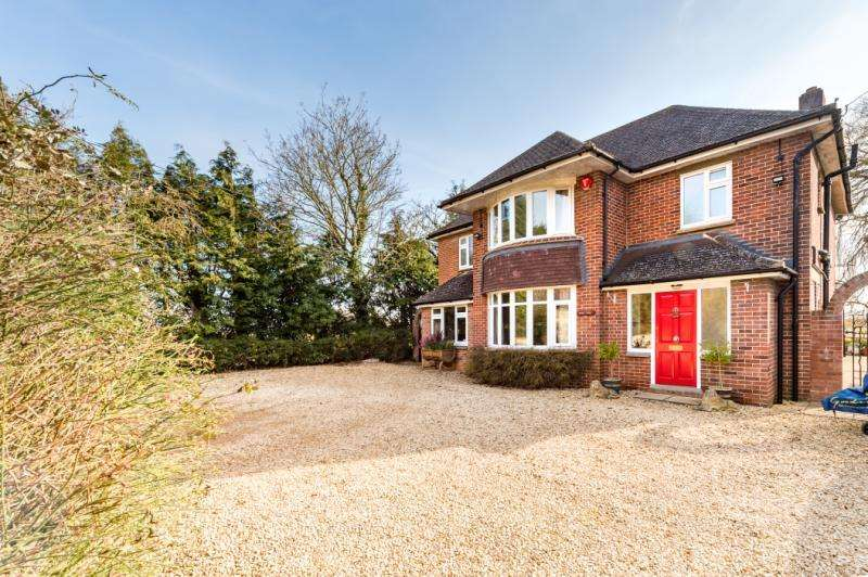4 Bedrooms Detached House for sale in Park Farm, Kennington Road, Radley, Abingdon