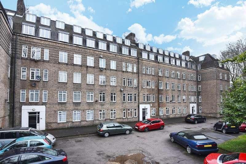 1 Bedroom Flat for sale in Grove House, Waverley Grove, London, N3