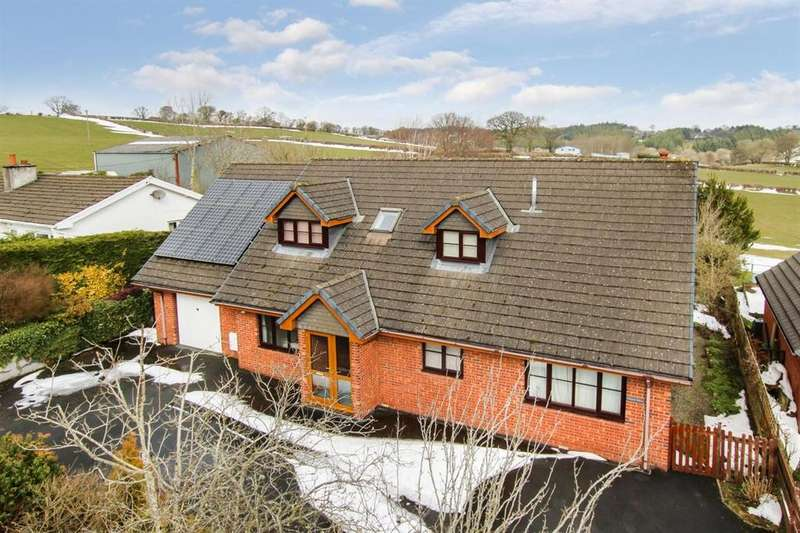3 Bedrooms Detached House for sale in Cilmery, Builth Wells