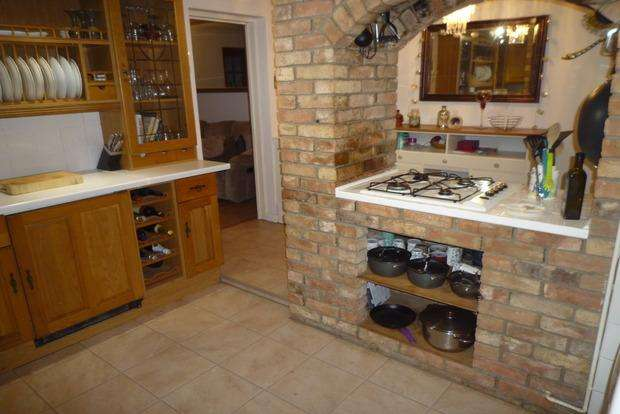 4 Bedrooms Semi Detached House for sale in Ladys Drove, Emneth, Wisbech, PE14