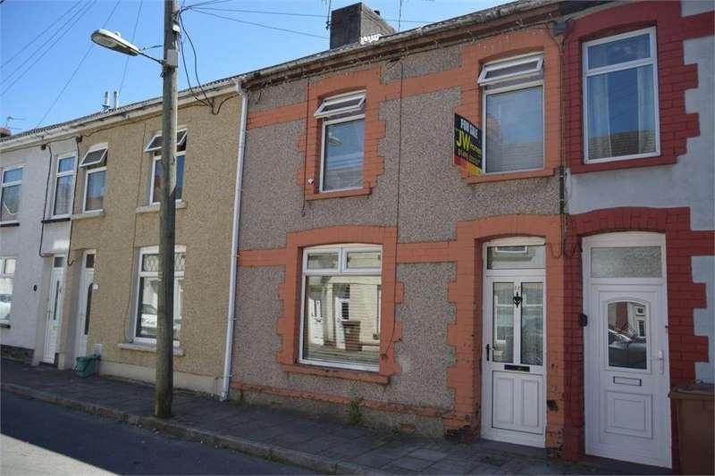 2 Bedrooms Terraced House for sale in Warne Street, Fleur de Lis, Blackwood