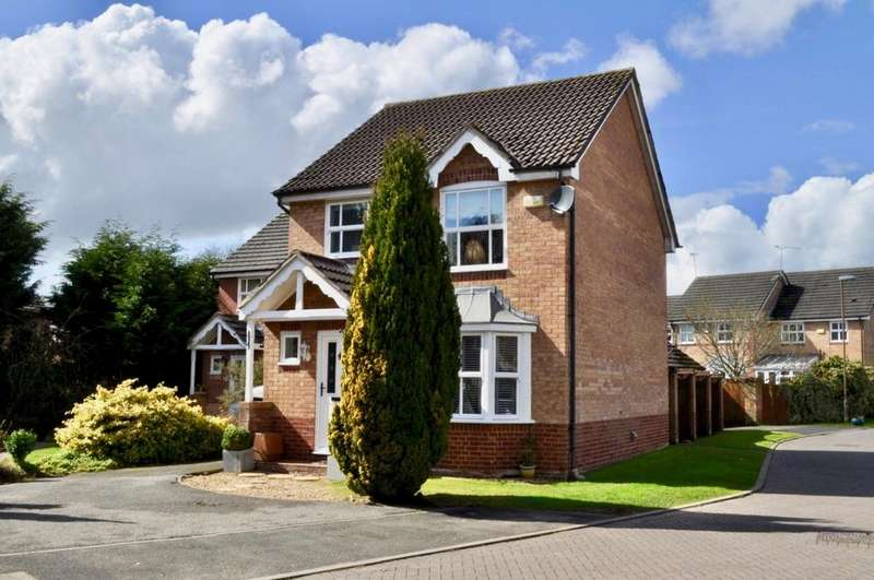3 Bedrooms Detached House for sale in Hazelmere Close, Hartford, Northwich, CW8