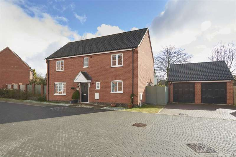4 Bedrooms Detached House for sale in Blazey Drive, Wymondham