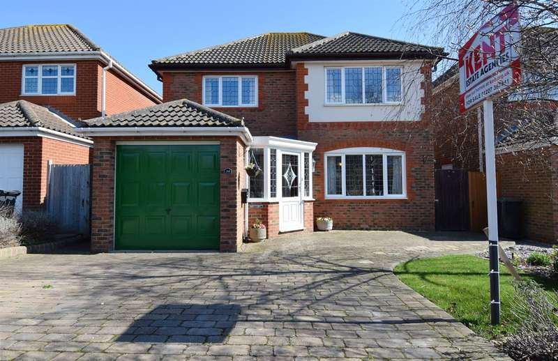 4 Bedrooms Detached House for sale in Kittiwake Close, Beltinge, Herne Bay