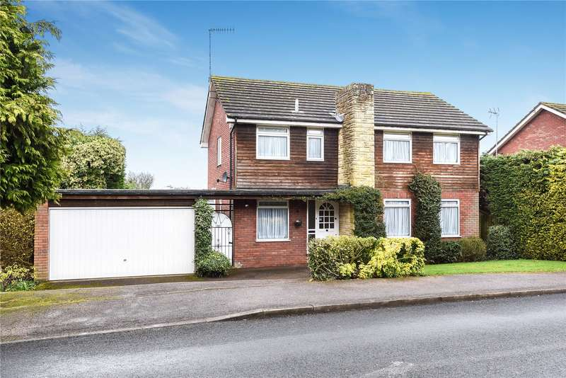 4 Bedrooms Detached House for sale in Ross Way, Northwood, Middlesex, HA6
