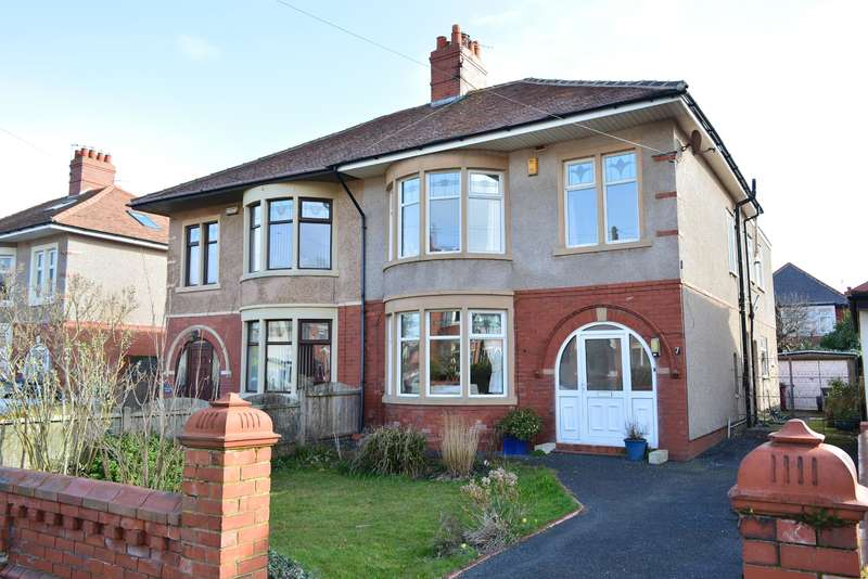 4 Bedrooms Semi Detached House for sale in Coniston Road, South Shore, Blackpool, FY4 2BY