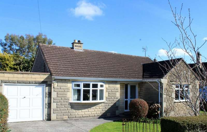 3 Bedrooms Detached Bungalow for sale in Huntingdon Rise, Bradford on Avon