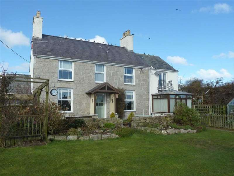 4 Bedrooms Detached House for sale in Moelfre, Anglesey