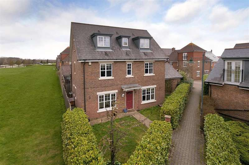 4 Bedrooms Detached House for sale in Woodford Grove, Kings Hill, ME19 4BX