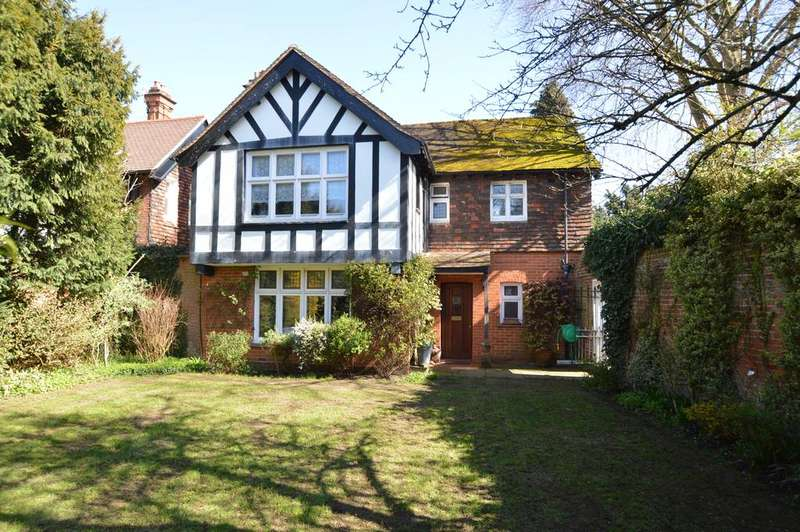 3 Bedrooms House for sale in Ashley Road, WALTON ON THAMES KT12