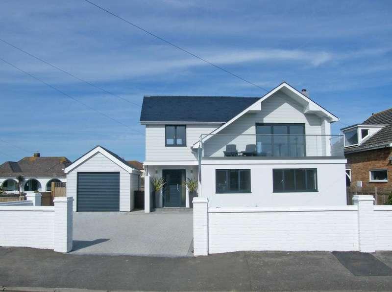 4 Bedrooms Detached House for sale in West Bracklesham Drive, Bracklesham Bay, PO20