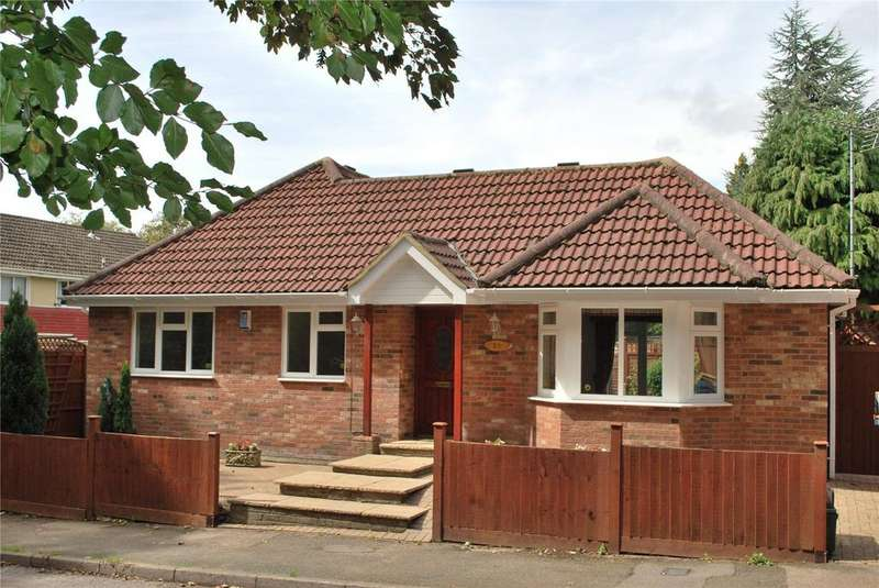 3 Bedrooms Detached Bungalow for sale in Sherwoods Rise, Harpenden, Hertfordshire, AL5