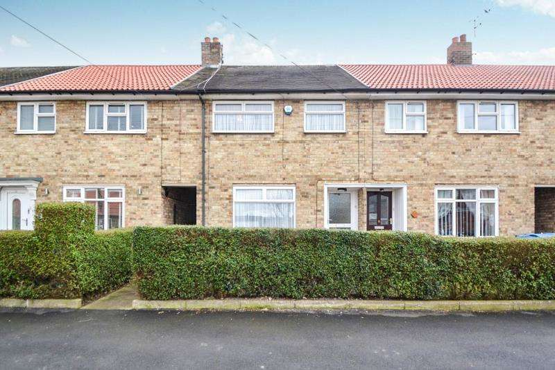 3 Bedrooms Terraced House for rent in Julian Close, Springhead Lane, Hull