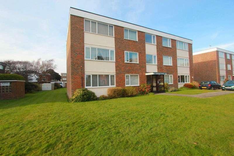 2 Bedrooms Flat for sale in Sheldon Court, Bath Road