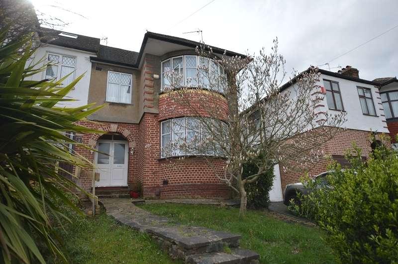 3 Bedrooms Semi Detached House for sale in Grosvenor Gardens, Oakwood, London. N14