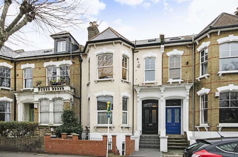 2 Bedrooms Flat for sale in Clapton Pond, Lower Clapton, E5