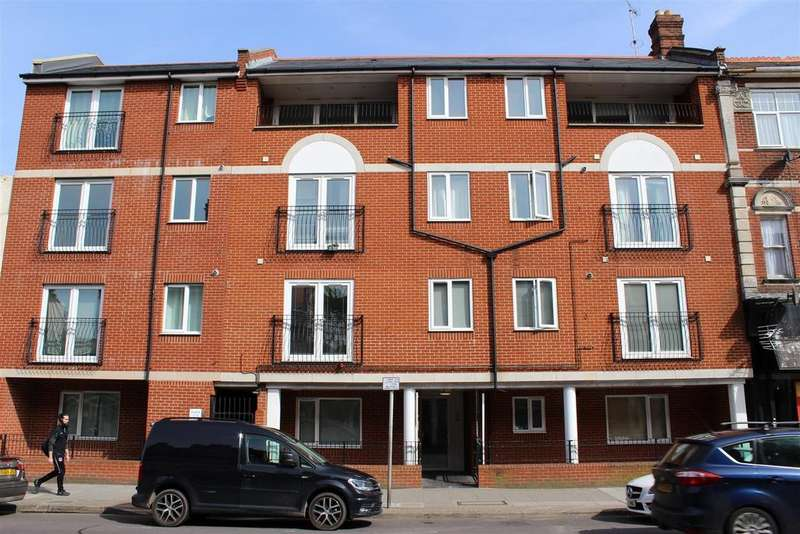 2 Bedrooms Apartment Flat for sale in Elm Grove, Southsea