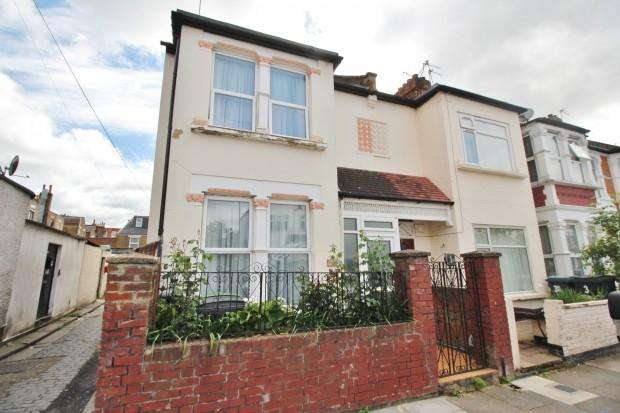 3 Bedrooms End Of Terrace House for sale in Etherley Road, West Green, Tottenham, N15