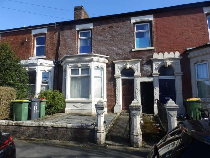 4 Bedrooms Terraced House for sale in Brackenbury Road, Preston, PR1